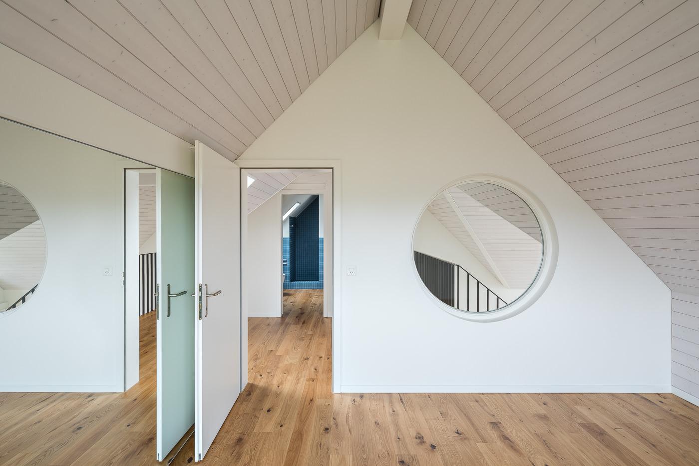 buan architekten – Umbau Attikawohnung Willisau – Dachzimmer