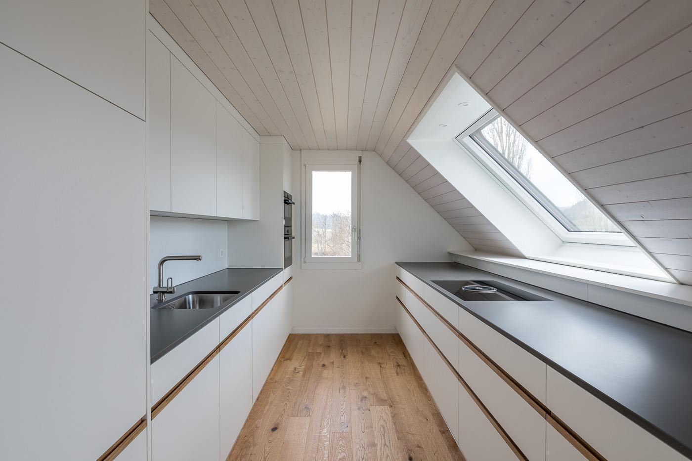 buan architekten – Umbau Attikawohnung Willisau – Foto – Kueche